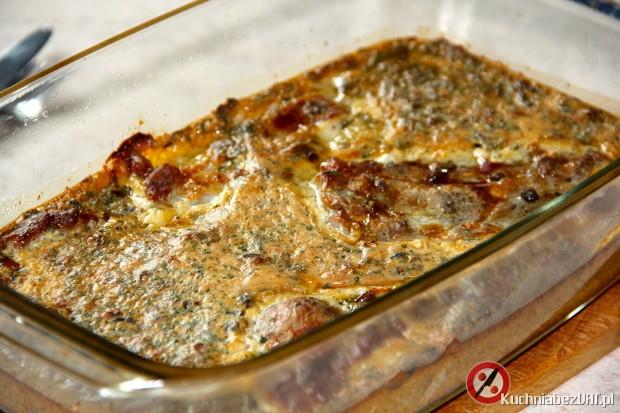 Zapiekana karkówka w sosie śmietanowo-borowikowym